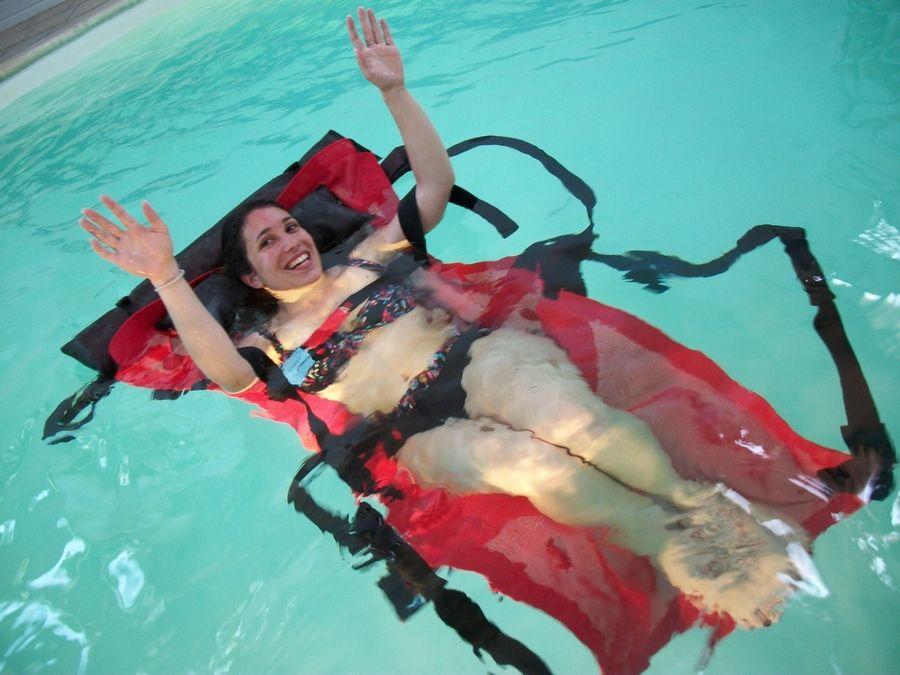 baignalo et baigneuse piscine
